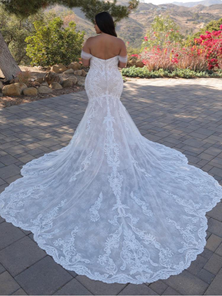 Brautkleider für große Größen in Berlin kaufen - Elysee Edition Kleid Athenais Back