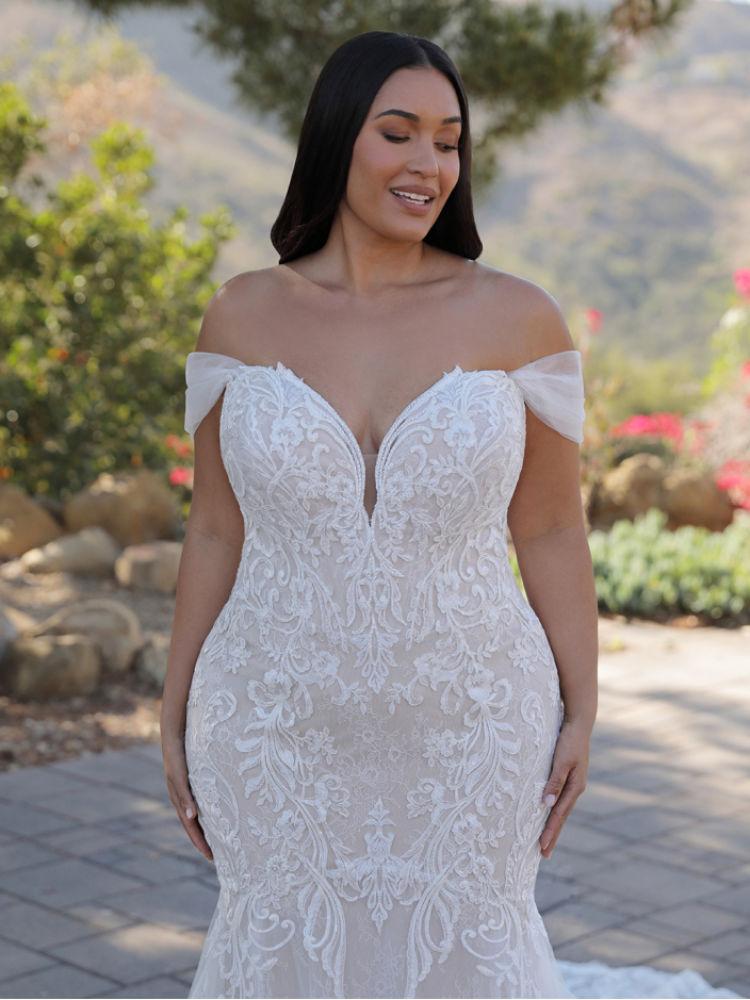 Brautkleider für große Größen in Berlin kaufen - Elysee Edition Kleid Athenais - Close