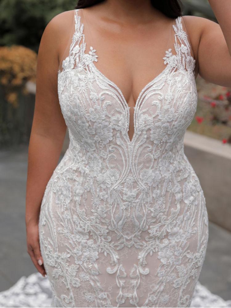 Hochzeitskleider für große Größen und Mollige in Berlin - Elysee Edition Kleid Francoise Close