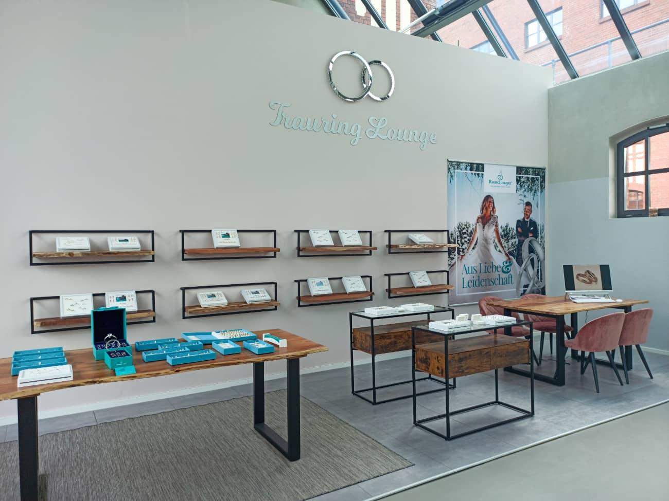 Trauringe in Berlin kaufen – Trauring Lounge von Vanity Bridal